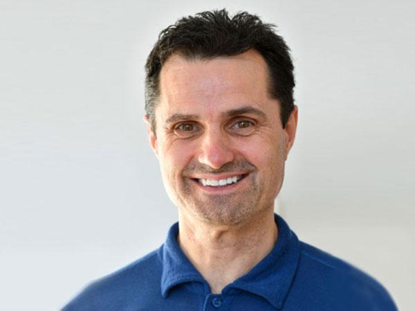 PD DR. PETER BRUCKER